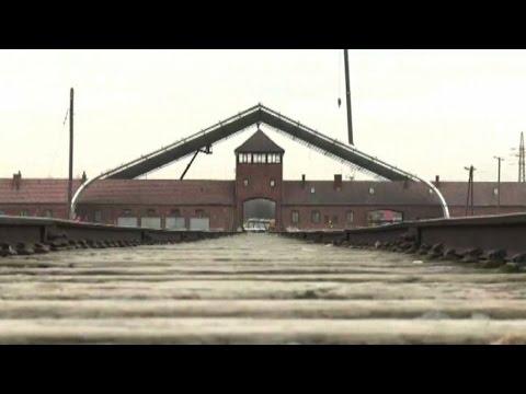 Il ritorno ad Auschwitz di 300 sopravvissuti dopo 70 anni