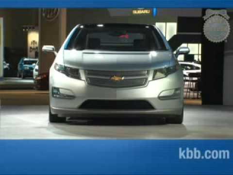2011 Chevy Volt Kelley Blue Book La Auto Show Chevrolet Youtube