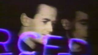 Kraftwerk - Neon Lights Neon lights Shimmering neon lights And at t...