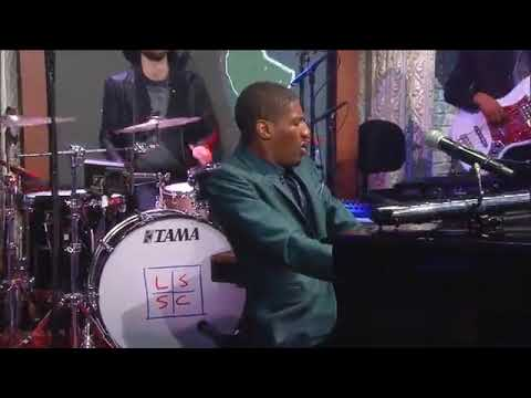 "Taj Mahal & Keb' Mo' Perform ""All Around the World"" with Jon Batiste"