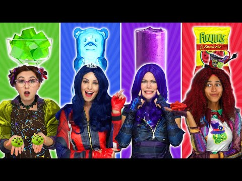 DESCENDANTS 3 EAT ONLY ONE COLOR FOOD 24 Hour Rainbow Food Challenge Totally TV s for Teens