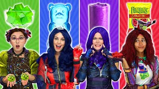 DESCENDANTS 3 EAT ONLY ONE COLOR FOOD (24 Hour Rainbow Food Challenge) Totally TV Videos for Teens