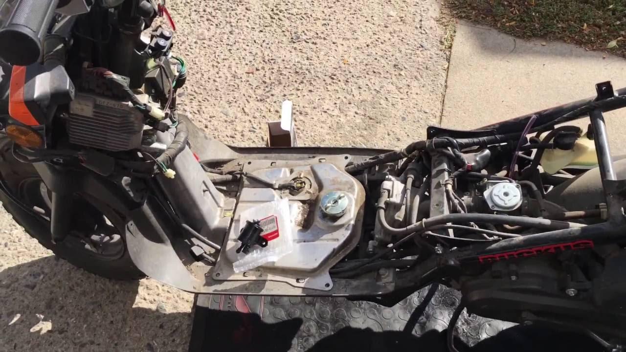 My Honda Ruckus won't start! HELP!  YouTube