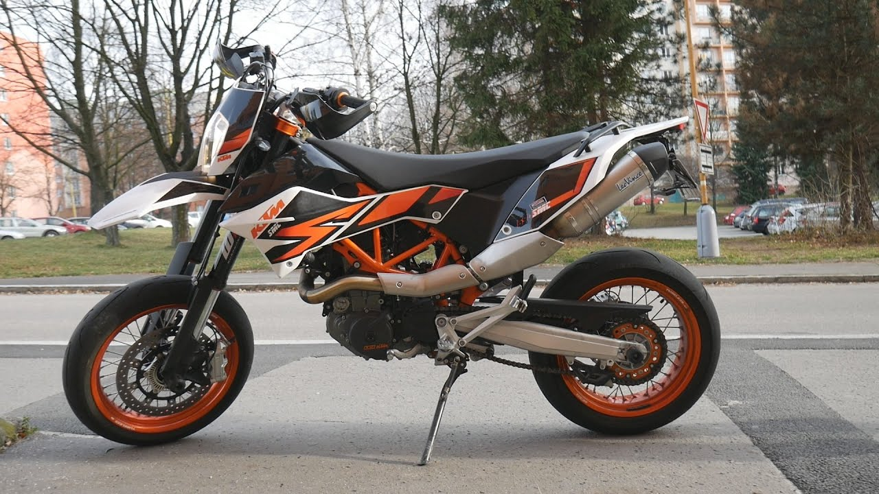 ktm 690 smc r 2015 with leo vince exhaust youtube. Black Bedroom Furniture Sets. Home Design Ideas