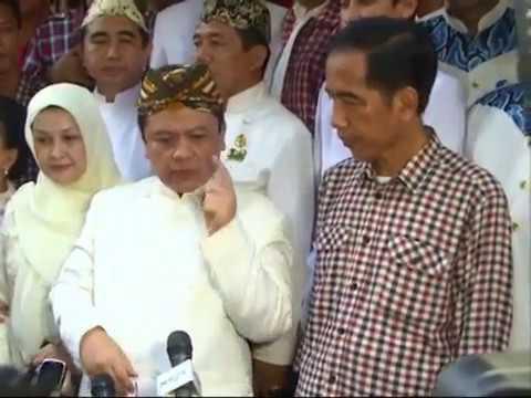 Jokowi di Keraton Kasepuhan Cirebon