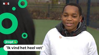 Xavi (13) krijgt heldenspeldje en bedankvideo van minister