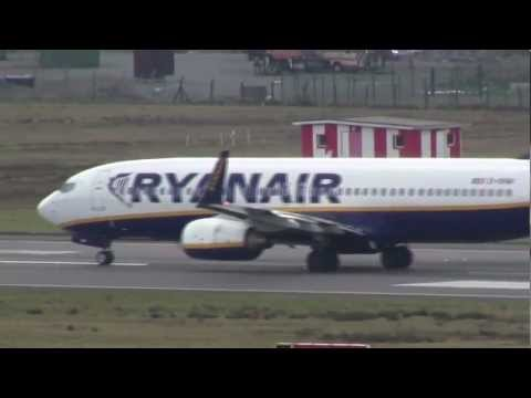 Ryanair Boeing 737-800 Sunny Spring Taxi/Take Off (HD)