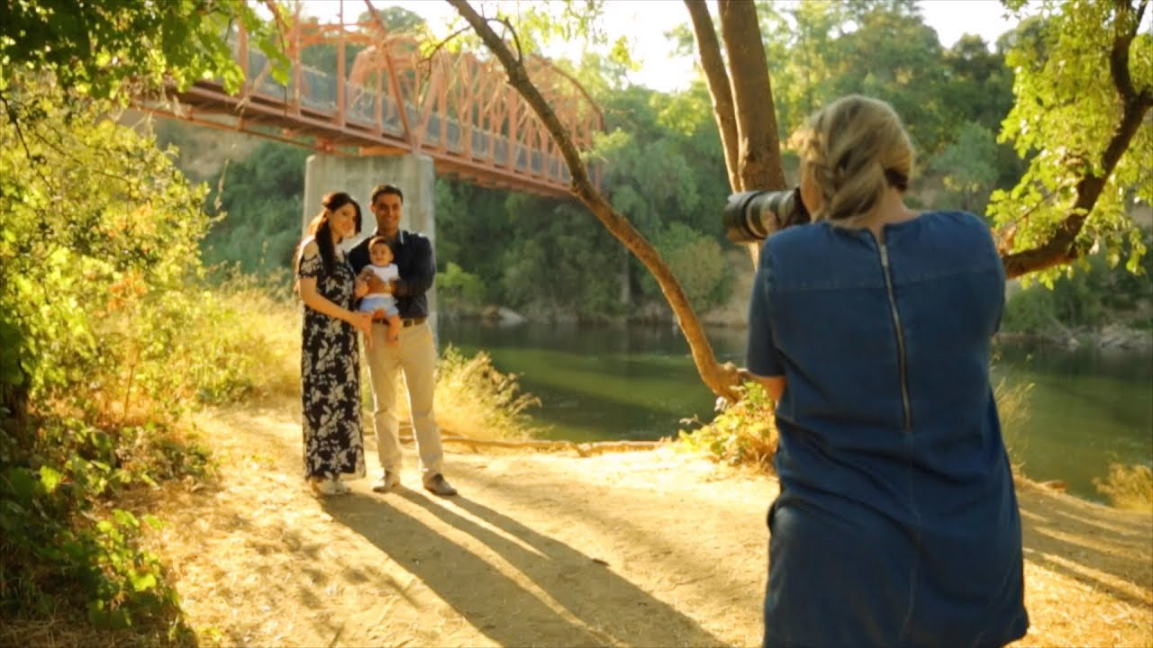 10 Attractive Outdoor Family Photo Shoot Ideas 2019 |Outdoor Family Photography