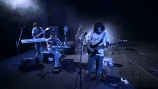 Mushroom Lake - 6 Am (live)