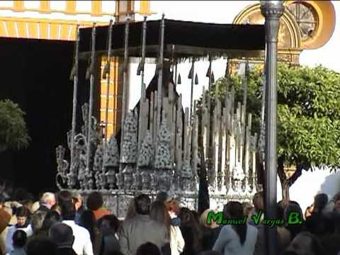 Santo entierro dos hermanas 2012 salida ntra sra de la - Lamparas dos hermanas ...