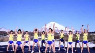 5度の中。富士山バックにみんなよく踊った。 地面、凍ってたw。 頑張っ...