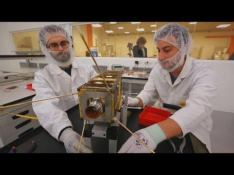 مشروع لجمع -حطام- الأقمار الصناعية العالق في الفضاء - business planet  - نشر قبل 2 ساعة