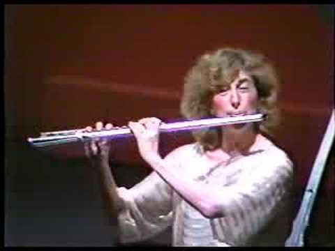 Paula Robison, flute - Syrinx by Claude Debussy