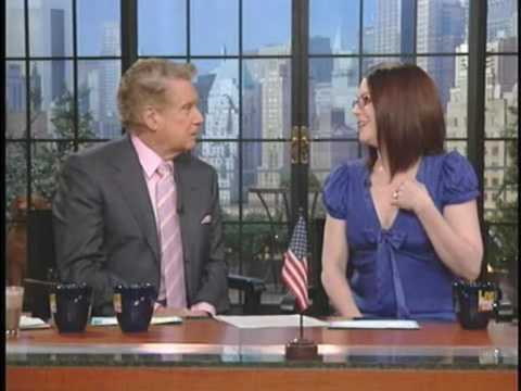 MEGAN MULLALLY - Live with Regis and Kelly - Part 2 (26-03-2008)