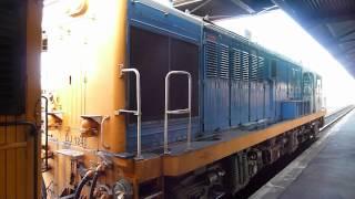 Download Video Mitsubishi-built New Zealand locomotive MP3 3GP MP4