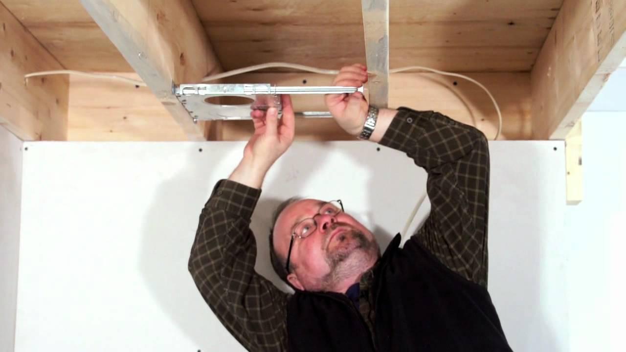 Incroyable Comment Mettre Des Spots Dans Un Faux Plafond #9: Eclairages Encastrés BAZZ: Comment Installer Des Spots Encastrés (NOUVELLE  CONSTRUCTION)