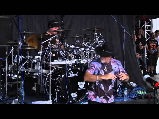 "SEBASTIEN feat. Tony Martin, Roland Grapow and Marthus - ""Headless Cross"" (BLACK SABBATH cover)"
