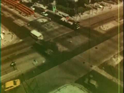 太子道/窩打老道臨時天橋 Prince Edward Road/Waterloo Road's temporary bridge, 1972