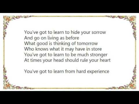 Charles Aznavour - You've Got To Learn Il Faut Savoir Lyrics