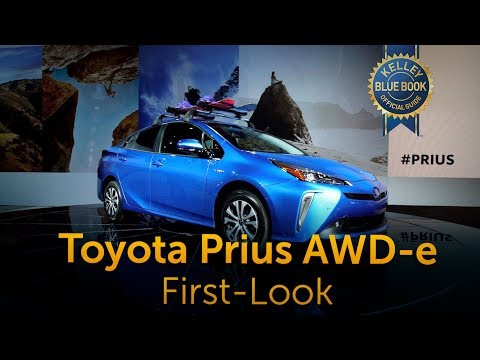 2019 Toyota Prius AWD-e - First Look