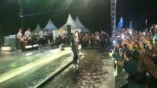 Via Vallen- Meraih Bintang Live Perform Galaxi Yogyakarta 2018