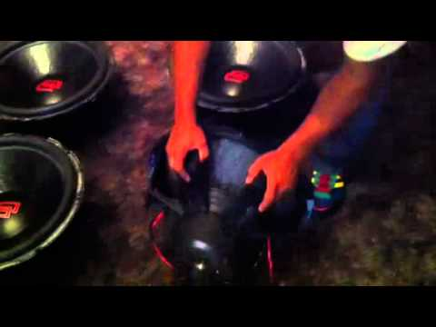4 DD 3518 subwoofers