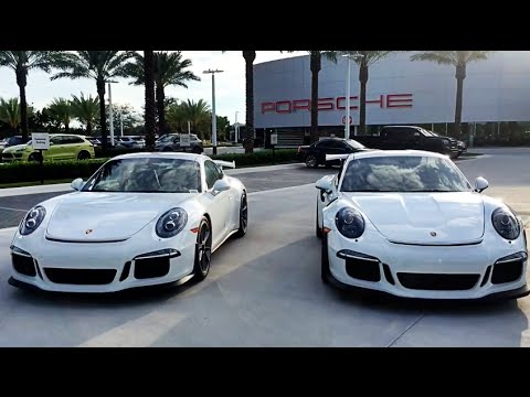 Porsche 911 GT3 versus 911 GT3 RS comparison @ Porsche West Broward