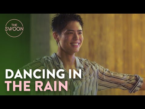 Park Bo-gum and Park So-dam dance in the rain | Record of Youth Ep 8 [ENG SUB]