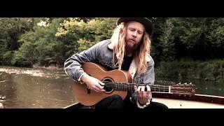 Stu Larsen - Wide Awake & Dreaming (La Réselle Guitars)