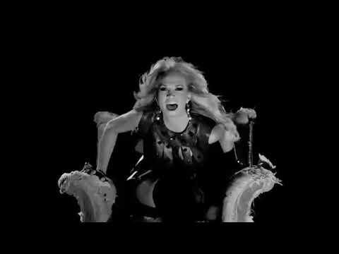 Carrie Underwood  - Undo It  (Black & White Version)