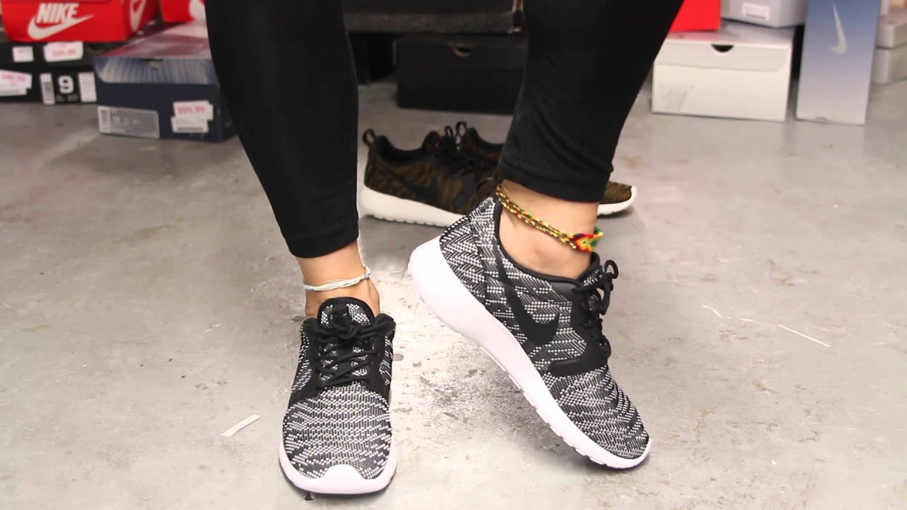 reputable site 6f251 69d4d nike wmns roshe run kjcrd black white