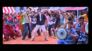 Alai Adikuthu Song With Lyrics