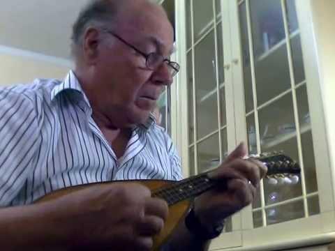 tu-ca-nun-chiagne-mandolino-solista-mandolino-napoletano