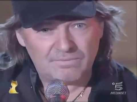Vasco Rossi - Sally (Live Acustico Telegatti 2006)