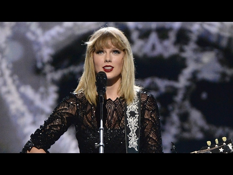 """Taylor Swift Performs """"I Don't Wanna Live Forever"""" For First Time & Reveals NO 2017 Concert Plans"""