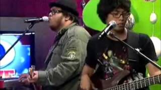 Torres by Mayonnaise at Music Uplate Live