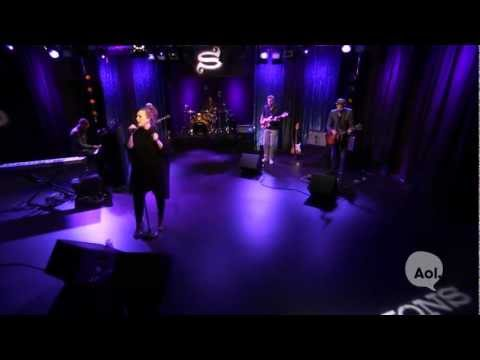 Adele, 'Don't You Remember' (AOL Sessions)