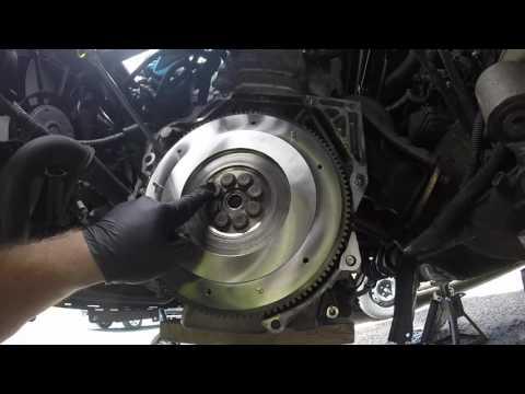 DIY 8th Gen Civic Si Flywheel, Clutch Disc, And Pressure Plate Install (k20z3)