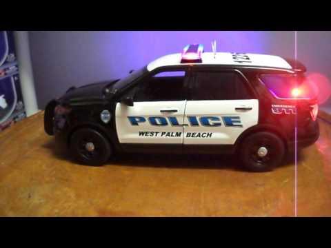1/18 West Palm Beach Police SUV For Explorer Working lights and Siren Toy Diecast Car
