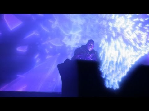 Flying Lotus' NEW Stage Set Up - 3D Live Show
