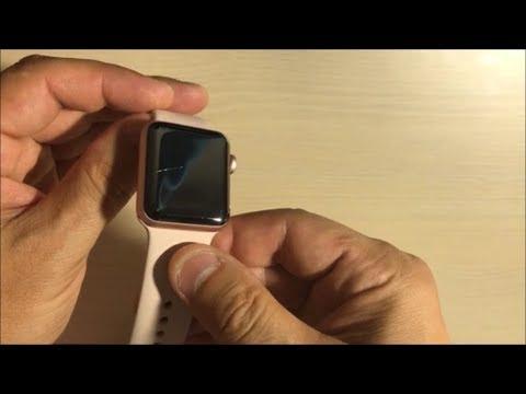 Такой контакт может оставить маленькую царапину, что не скажешь о результате таких «соприкосновений» на корпусе часов.