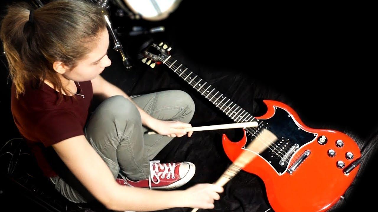 Sina One-Girl-Band