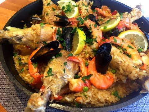 paËlla-au-poulet-et-fruits-de-mer-/-recette-facile-et-délicieuse.
