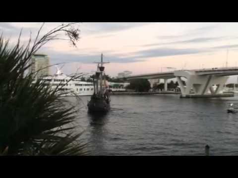 Holiday preparation at Fort Lauderdale Marina