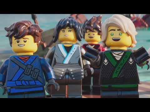 LEGO Ninjago Movie: The Videogame - Walkthrough Part 3 - Lloyd's Mistake (Ninjago City Docks)