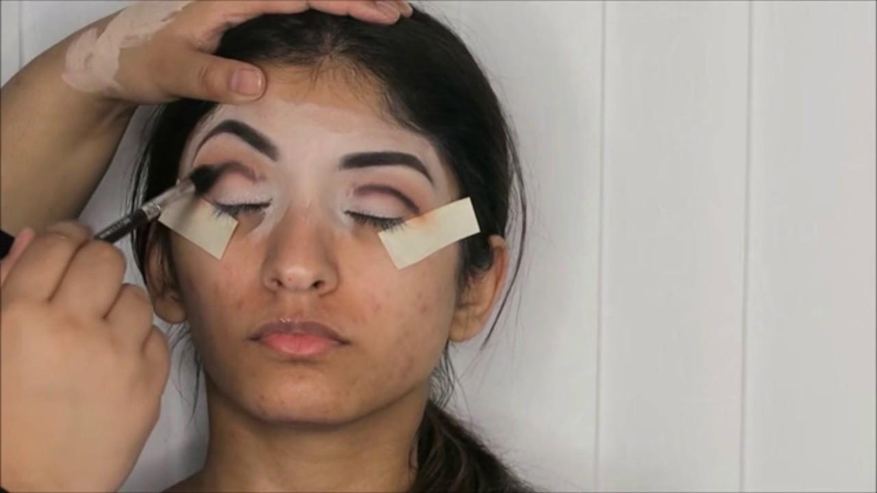 Mehndi Makeup Looks 2018 : Pakistani makeup bridal mehndi मेकअप