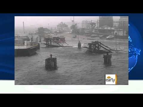 The Early Show - Irene photos: Man kayaks in NYC streets