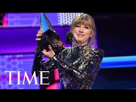 Taylor Swift Wins Big At The AMAs And Encourages Fans To Vote | TIME Mp3