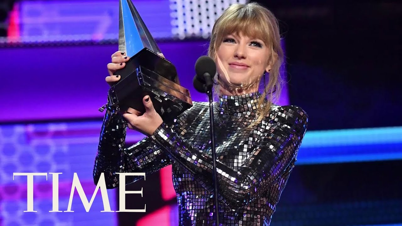 Taylor Swift Wins Big At The AMAs And Encourages Fans To Vote | TIME