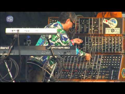 LOGIC SYSTEM - domino dance @ FREAKS MUSIC FESTIVAL'11